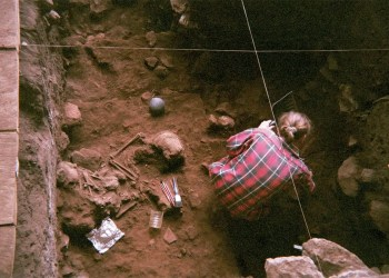 DNA from ancient skeletons reveals a lost branch of modern humans
