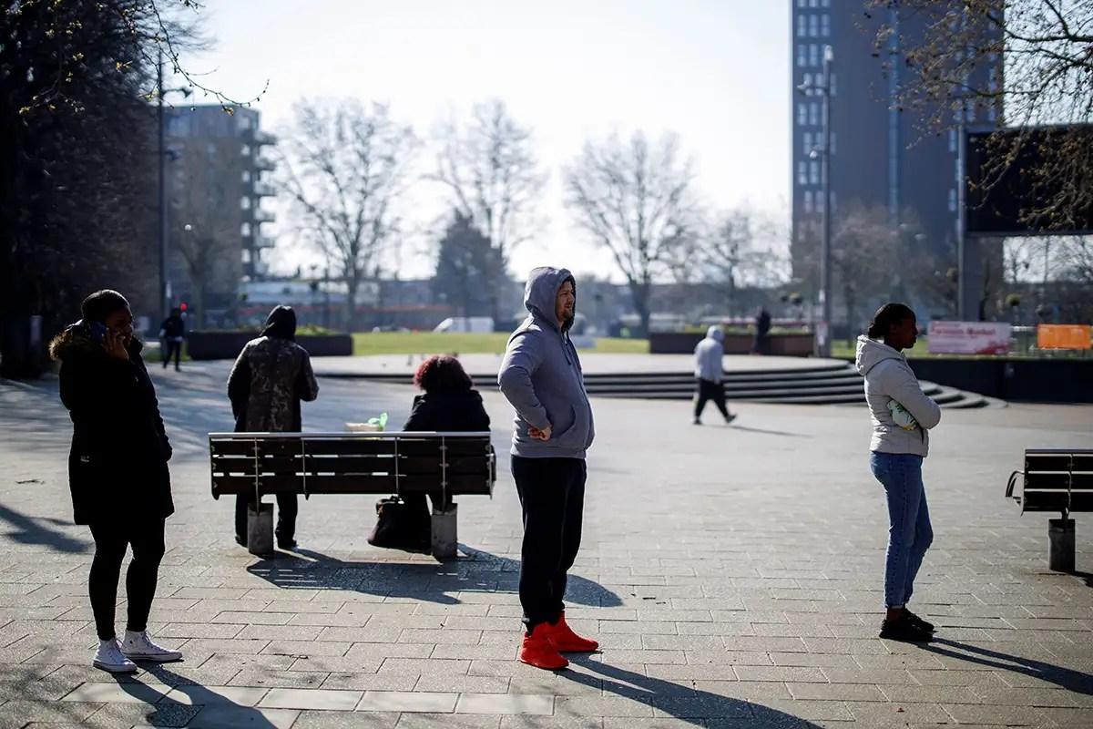 UK science advisers expect coronavirus epidemic to peak within a month