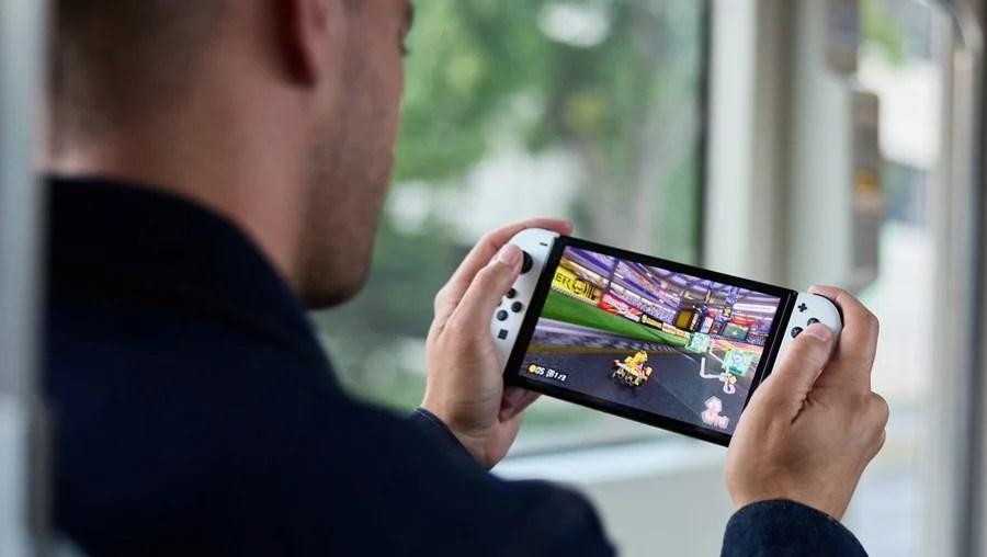 Switch OLED Mario Kart 8