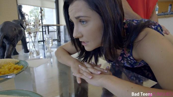 BadTeensPunished.com - Jade Amber: Make It Fit - S4:E7