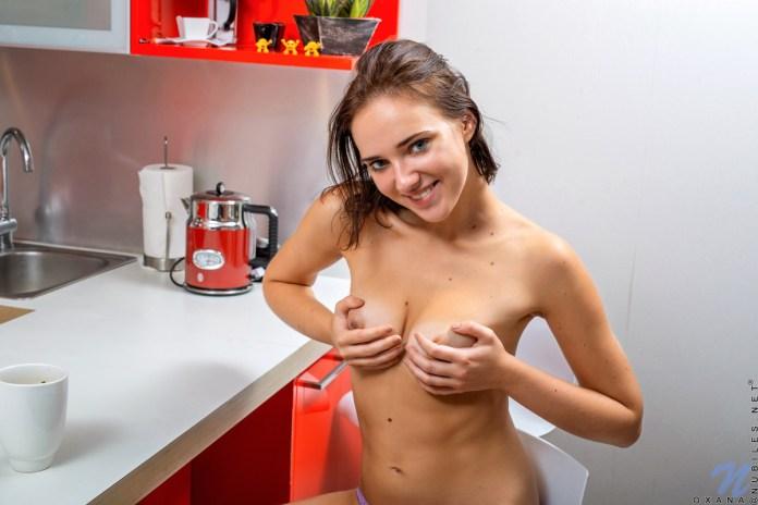 Nubiles.net - Oxana: Beautiful Morning