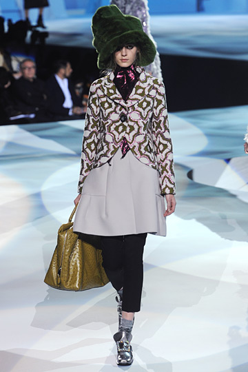 Marc Jacobs Designs in Fall Fashon Show