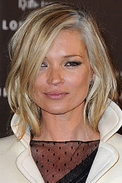 Kate Moss Dyed her Grey Streaks