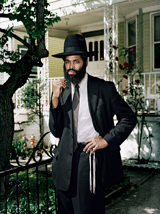 loyal jewish personals C/o ellen mausner i've tried online sites and am tired of looking at profiles with guys wearing hats and sunglasses are they in the witness protection program.