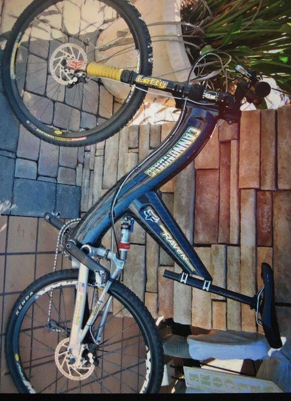 Men's cannondale raven SX4000 carbon fiber mountain bike ...