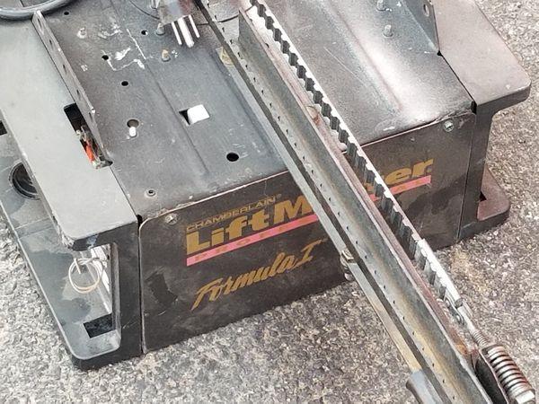 Liftmaster Formula 1 Garage Door Opener