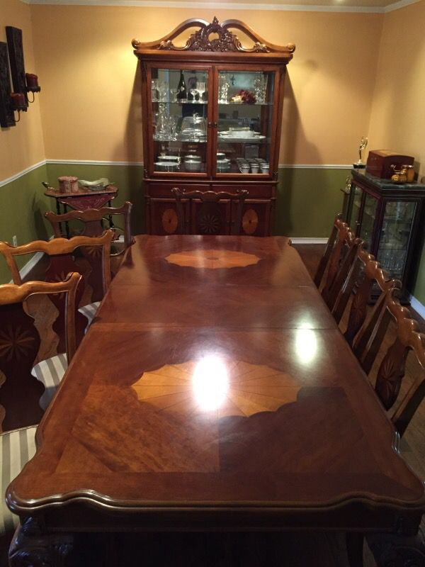 Ashley Glen Eagle Signature Table Chairs And China