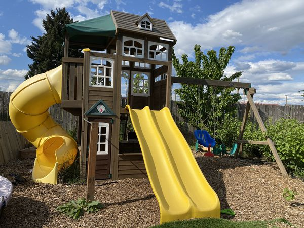 Large play set from Costco for Sale in Vancouver, WA - OfferUp on Costco Furniture Showroom Kirkland Washington id=56603