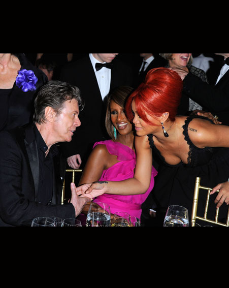 Supermodel Iman introduces her husband David Bowie to Rihanna in 2011 [Getty]