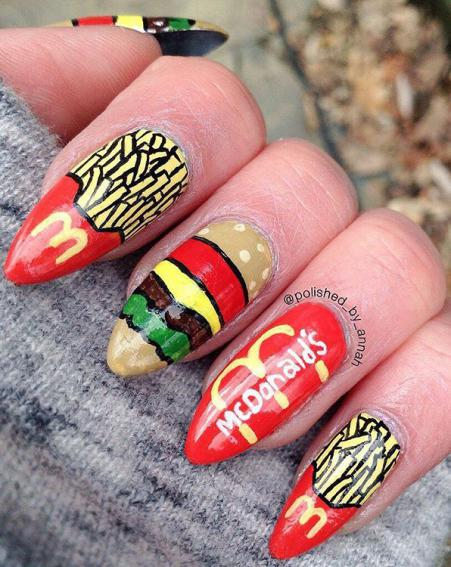Now we will always have a craving to eat with these foot inspired nails [Polished By Annah/Instagram]