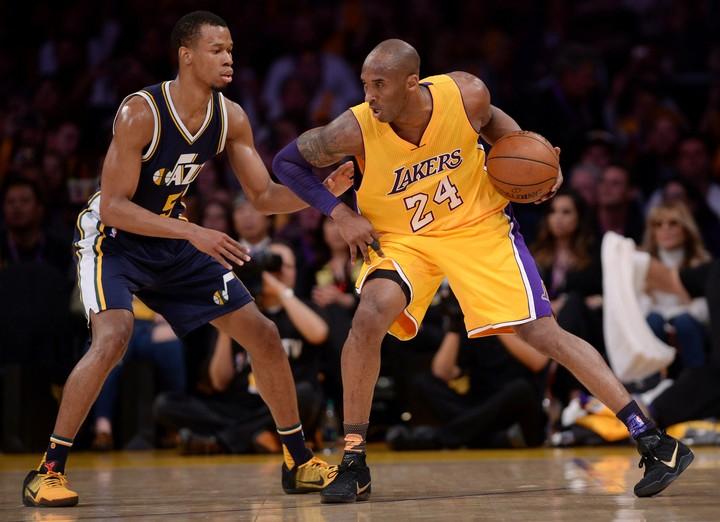 Kobe Bryant, en acción en 2016.