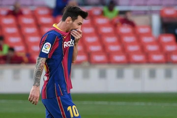 Leo, en el clásico contra Real Madrid.