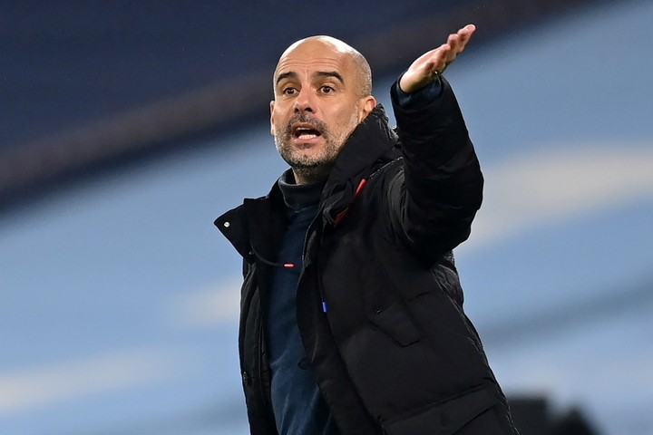 Guardiola and his City play in Portugal (afp).
