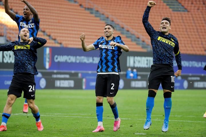 Inter quiere hacer caja con Hakimi para mejorar el contrato de Lautaro.