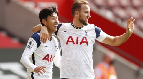 Jung Min Sun celebrates with Harry Kane (Reuters)