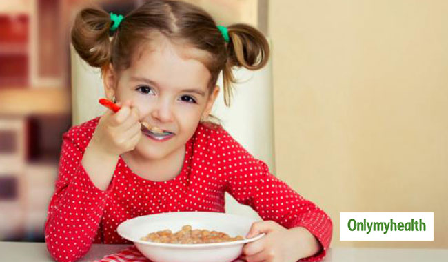 Learn how to differentiate between high calorie food and junk food for weight gain in kids