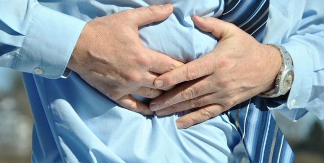 epigastric_hernia_pain_in_abdominal_wall
