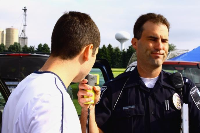 7e9e4038c2 Here are 10 Rules you should know when dealing with police: