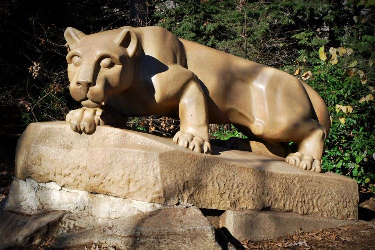 Police Called After Students Pose Nude On Nittany Lion Shrine  Onward State-7064