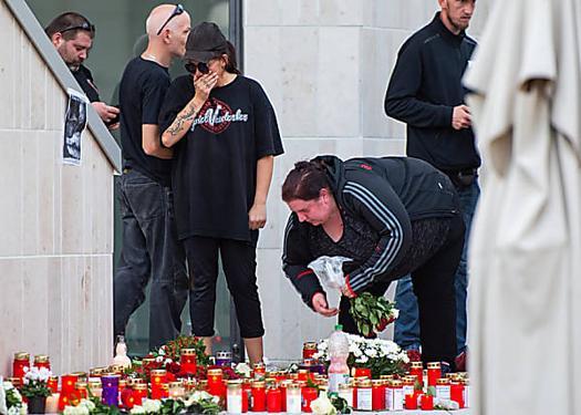Mönchengladbach: ?Trauermarsch? nach Fund der Leiche von Hogesa-Mitbegründer