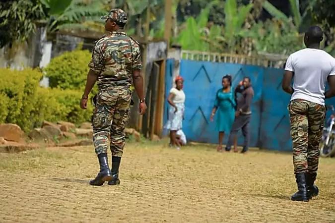 Cameroun: la diffusion de vidéos violentes provoque colère et doutes