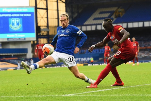 Everton 0-0 Liverpool: Davies Goes Close But Merseyside Derby ...