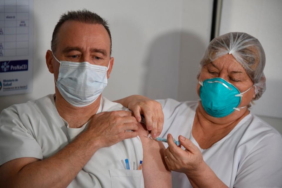 Coronavirus: Qué condiciones deberán cumplir los mayores de 60 años para vacunarse