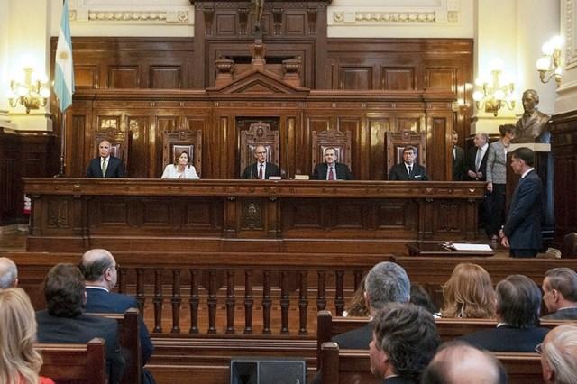 El poder de la Corte Suprema: Cinco jueces que no funcionan. (Fuente: NA)
