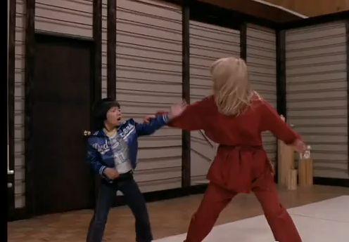 Kane vs Blondie