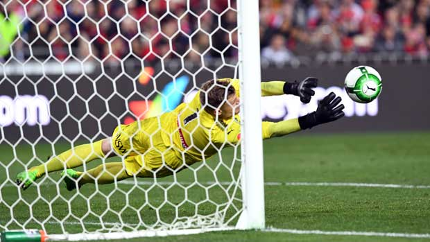 Andrew Redmayne pulling off one of a host of brilliant saves against Arsenal.