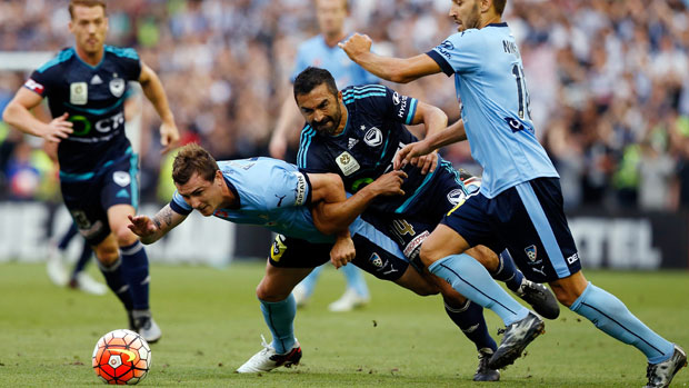 Seb Ryall and Fahid Ben Khalfallah fight for the ball during the Big Blue.