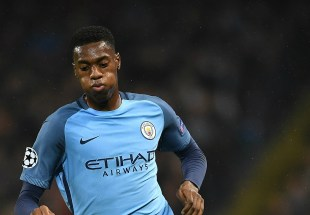 Image result for Adarabioyo extends Man City stay