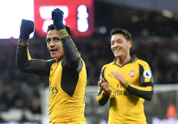 Arsenal 'warriors' Alexis and Ozil urged to pen new deals by Pires