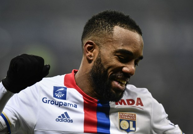 Lacazette passes Arsenal medical ahead of £46 million transfer