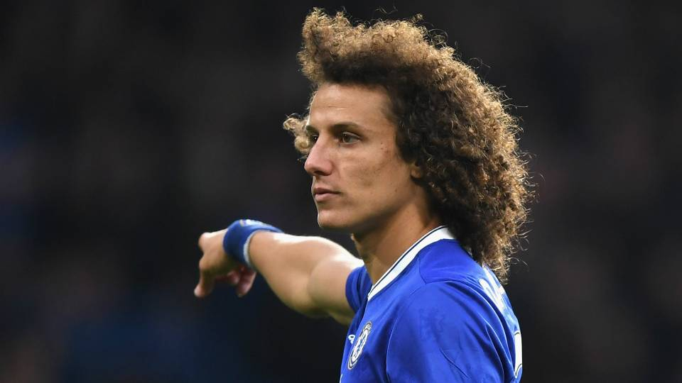 VIDEO: David Luiz busts a move after Tottenham victory ...