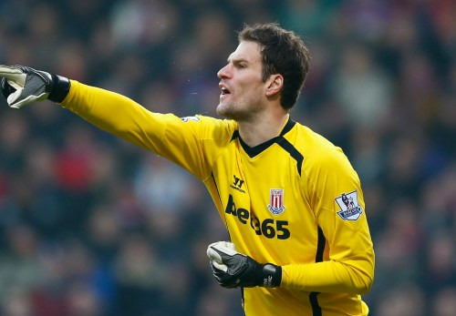 Begovic to complete Chelsea move