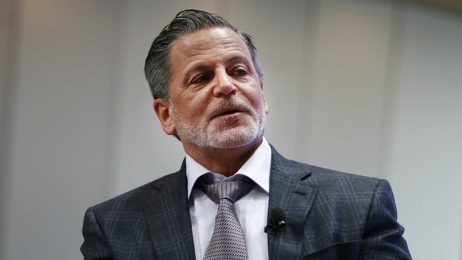 Dan-Gilbert-092917-USNews-Getty-FTR