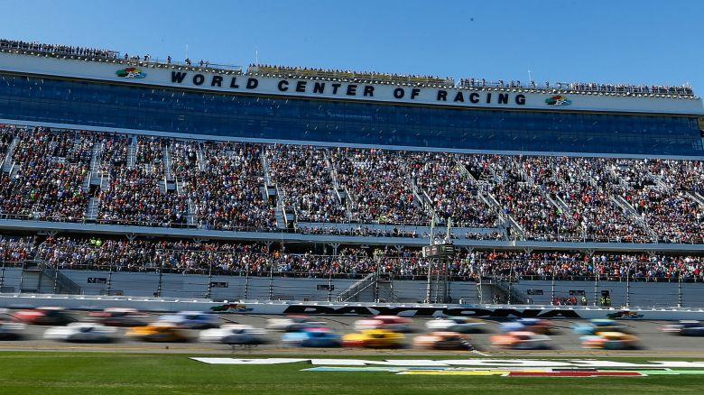 What time does Daytona 500 start? Green flag, TV & streaming info for 2018 race | NASCAR ...