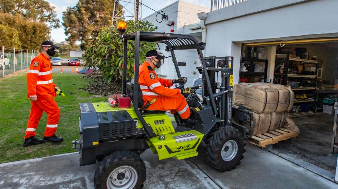 SES Northshore in Mount Hawthorn receive 2000 sandbag bags ahead on severe storms expected on Monday.