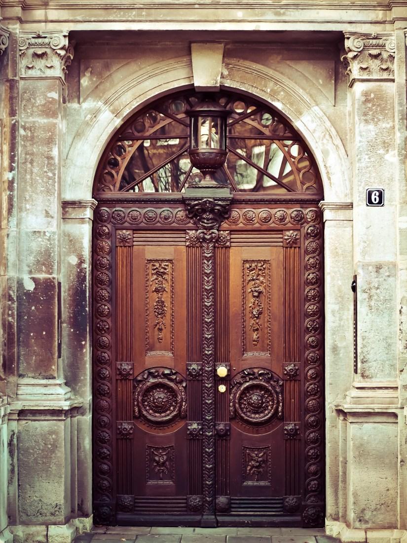 types of door for house