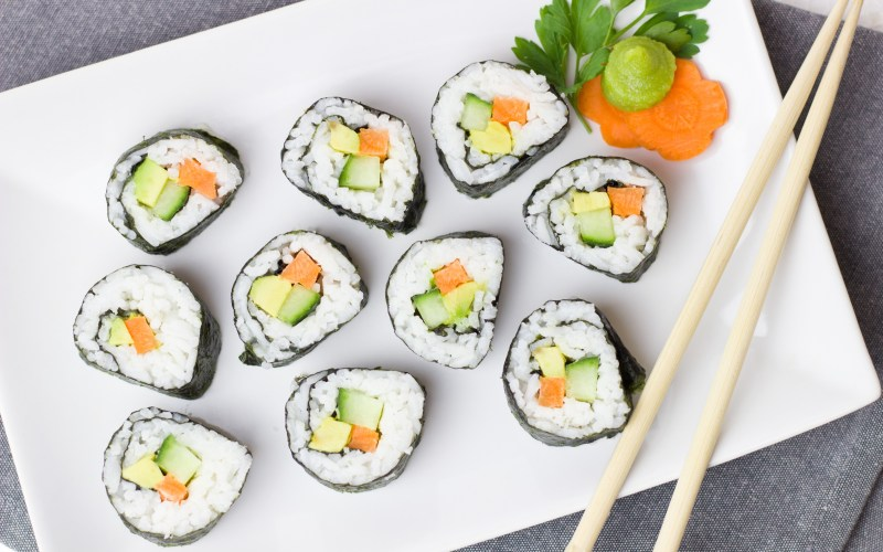 california-maki-sushi