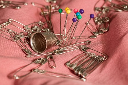 Green Yellow Red Needle Pin and Safety Pins