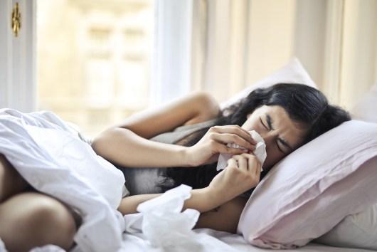 assoar nariz, cama, coronavírus