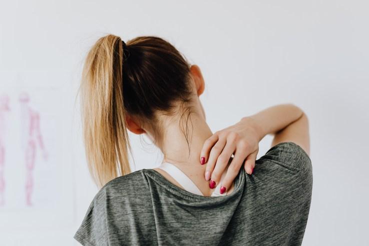 舒緩肩頸痠痛方法