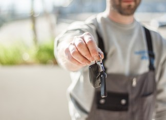How to find the best Locksmith Home Service