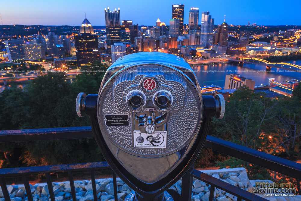 Close up of vintage viewfinder on Mount Washington