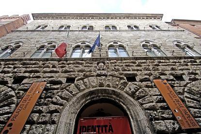 Palazzo Piccolomini en Siena - Monumentos y edificios historicos Siena