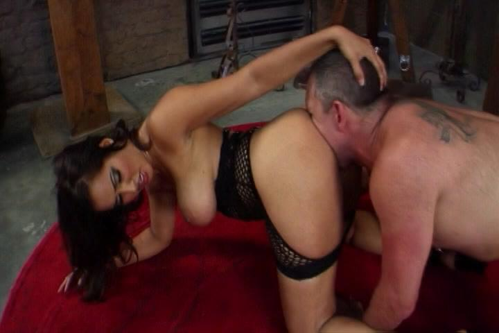 Dirty Tubes has Anilingus .MP4 Video Clips with Kelly Divine