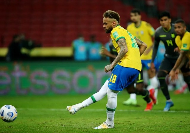 The moment Neymar scored from the penalty spot.