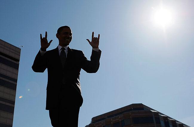 https://i1.wp.com/images.publicradio.org/content/2008/10/29/20081029_obama_rocks_33.jpg